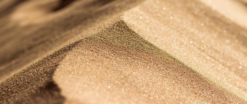 Сколько весит 1 куб речного песка?