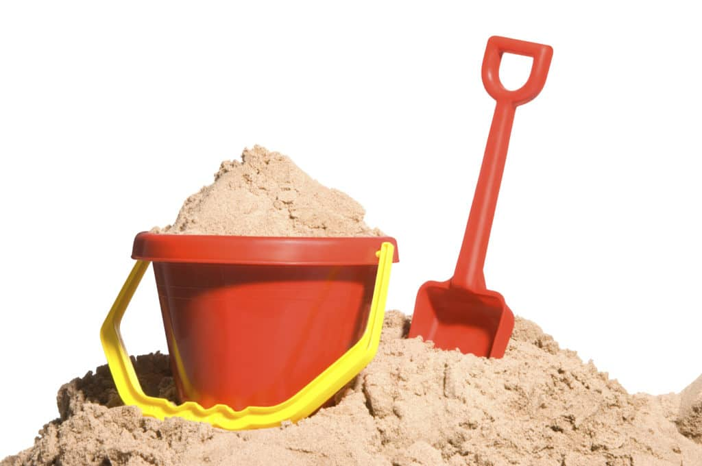 Недостаток кварцевого песка - его цена