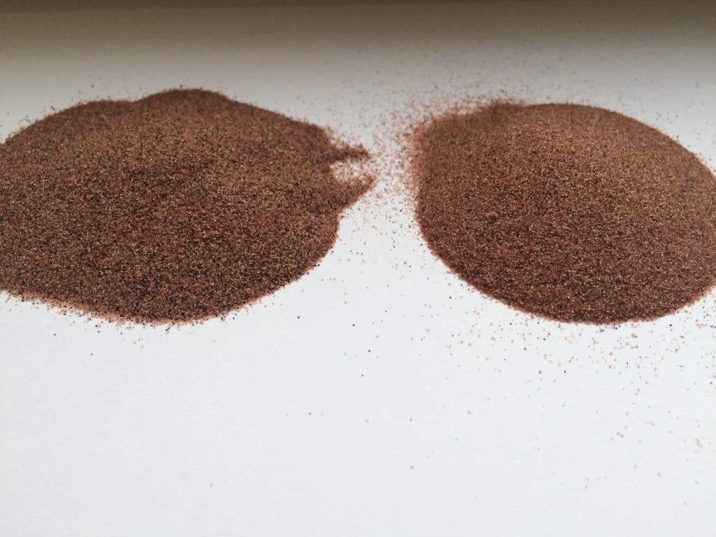 Песок гранатовый