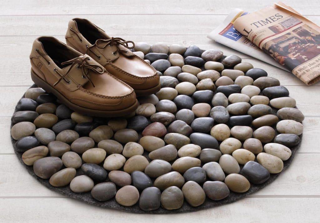 Коврик из морских камней для дома