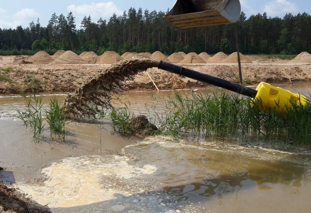 Правительство одобрило законопроект об использовании донного грунта рек и озер