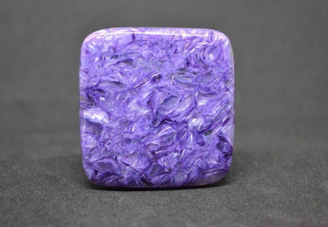 Чароит камень