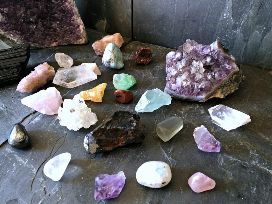 Как выбрать камни для родившихся в январе, чтобы они приносили удачу?