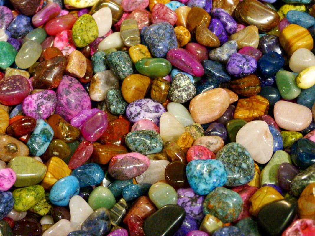 Какие камни сочетаются между собой?