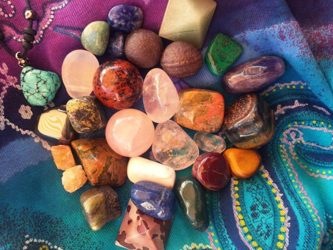 Какие камни нельзя дарить?