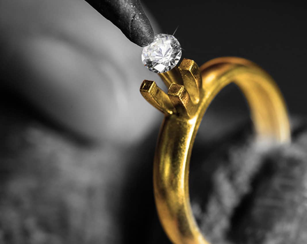 Что делать, если из кольца выпал камень?