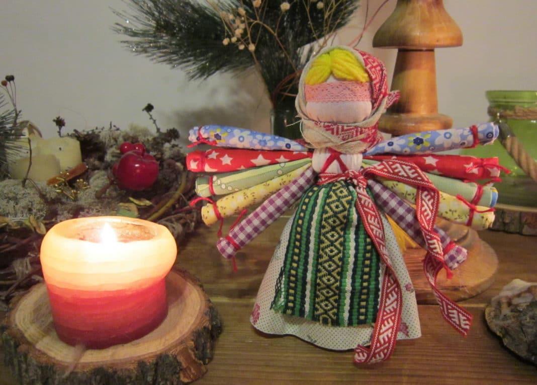 Обереговая кукла Десятиручка своими руками. Мастер-класс с фото