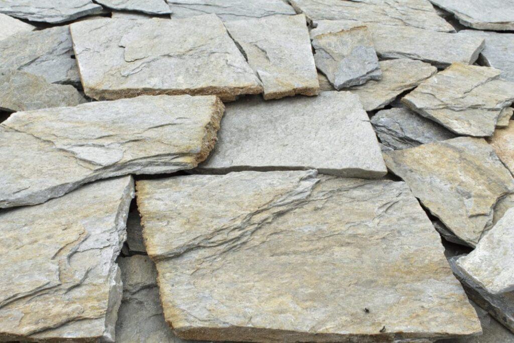 камень из Тибура