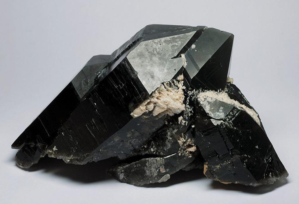 Магические свойства камня морион