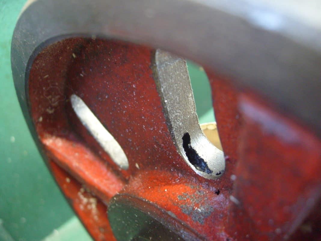 Причины пор и раковин в металле