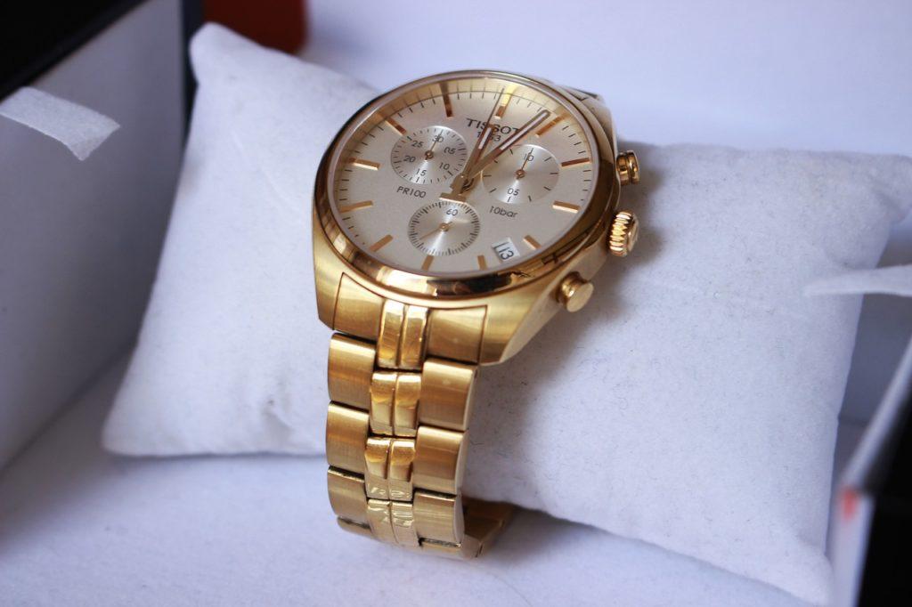 Швейцарские часы с позолотой