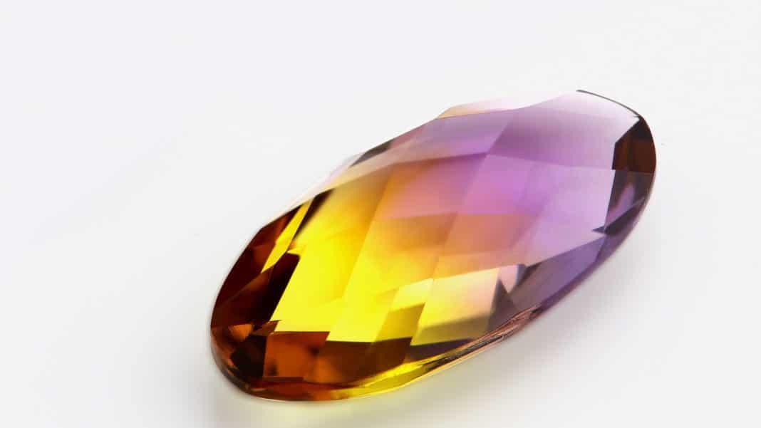 Ювелирный камень Ситалл