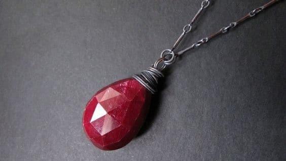 Рубин – камень, свойства, кому подходит, энергетика