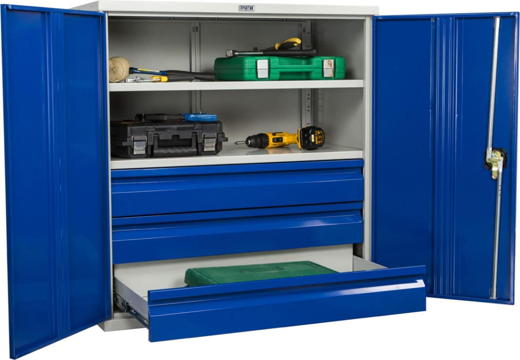 Шкафы инструментальные - популярная металлическая мебель